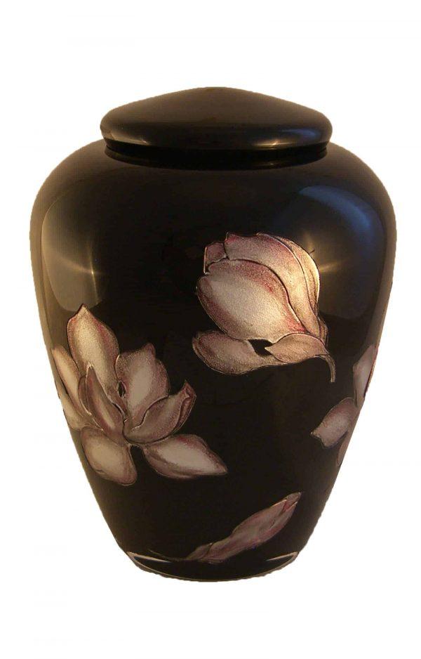 schwarze Glasurne mit Blumen